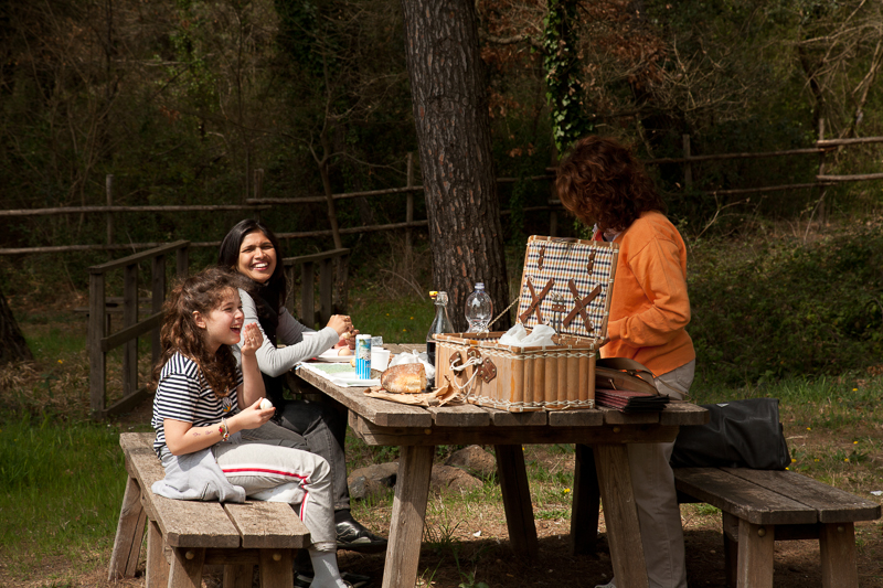 Camera Etrusca picnic