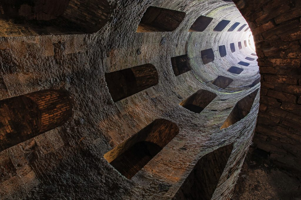 St Patrick's Well, 1527-1537