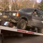 Land Rover Discovery on tow truck