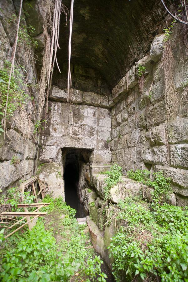 Roman tunnel, Alban Hills