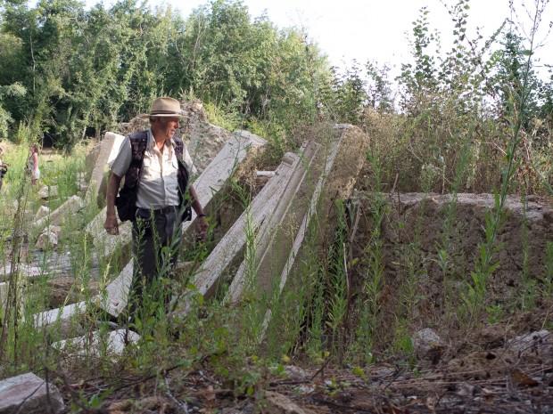 Patrick Nicholas ruins Castro