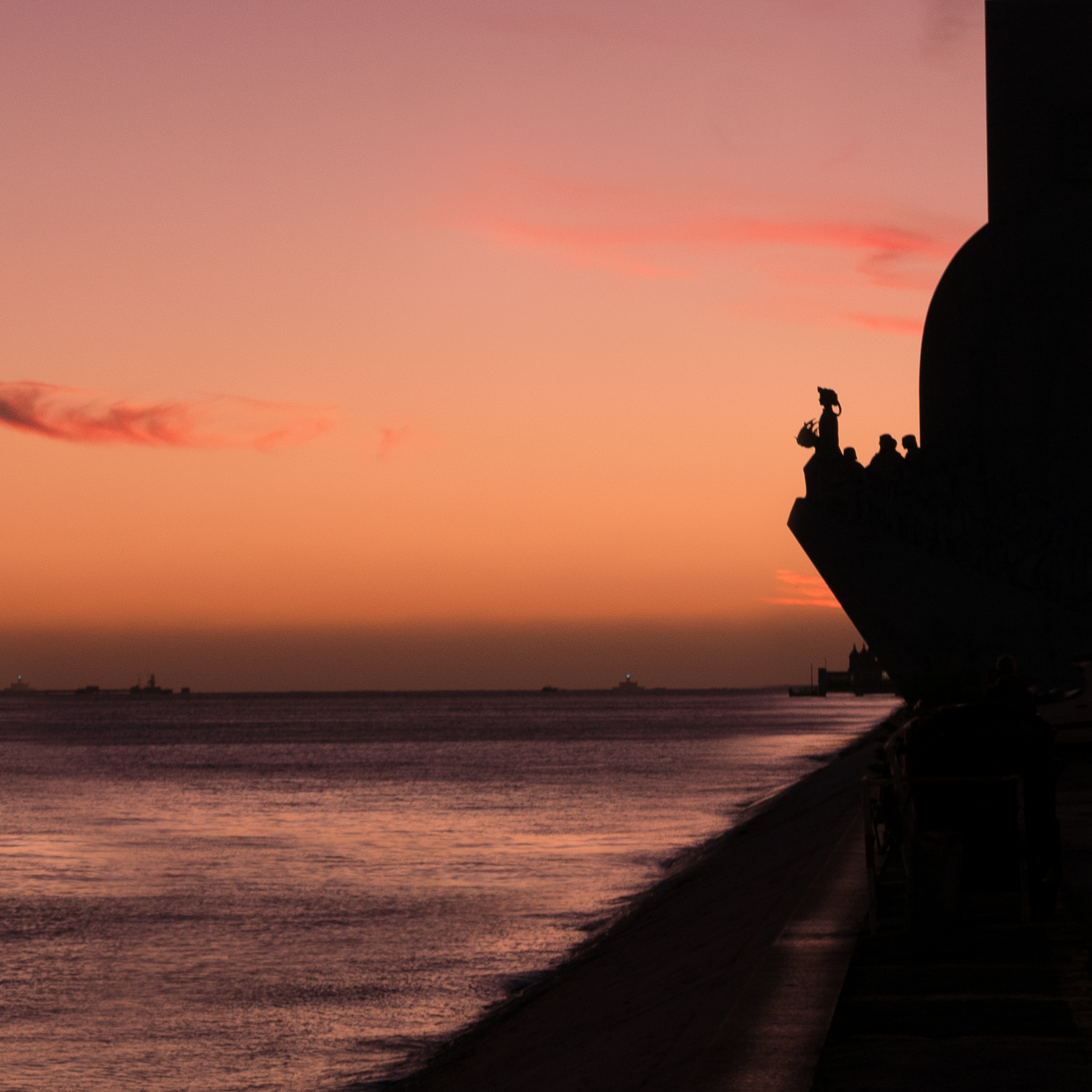 Photo workshops in Lisbon and the Algarve - discoveries monument