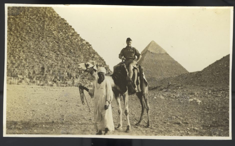 Giza pyramids 1941